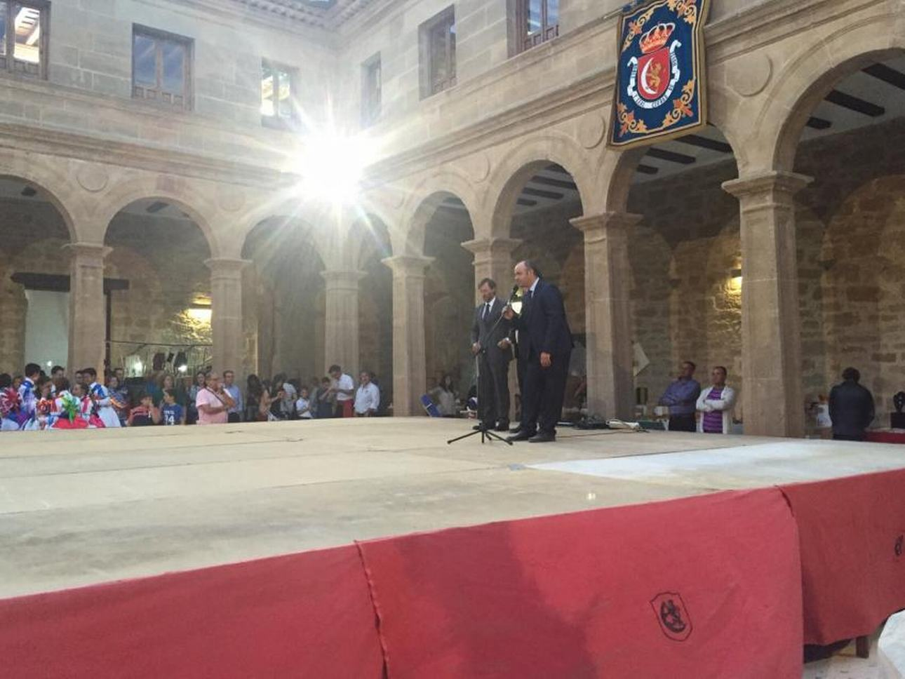 M Inauguración Feria de Artesanía
